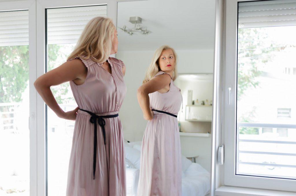 combattere il gonfiore addominale in menopausa