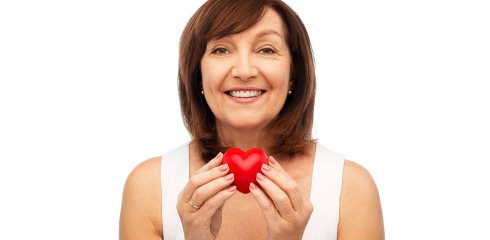 donna attenzione al cuore